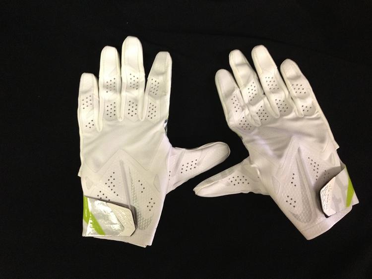 nike football gloves vapor fly